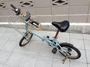 安物の折りたたみ自転車