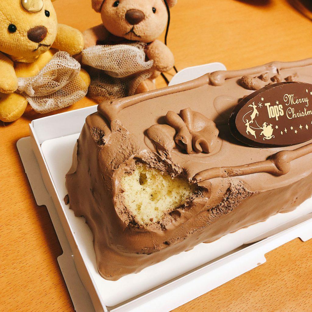 トップスのチョコレートケーキを丸かじり