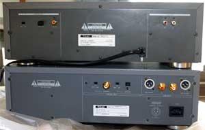 VRDS-10とVRDS-15の背面パネル比較