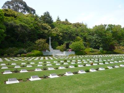 戦死者墓地